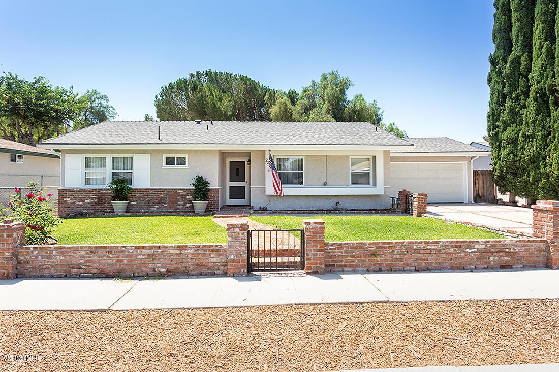 2390 E Brower Street E, Simi Valley, California