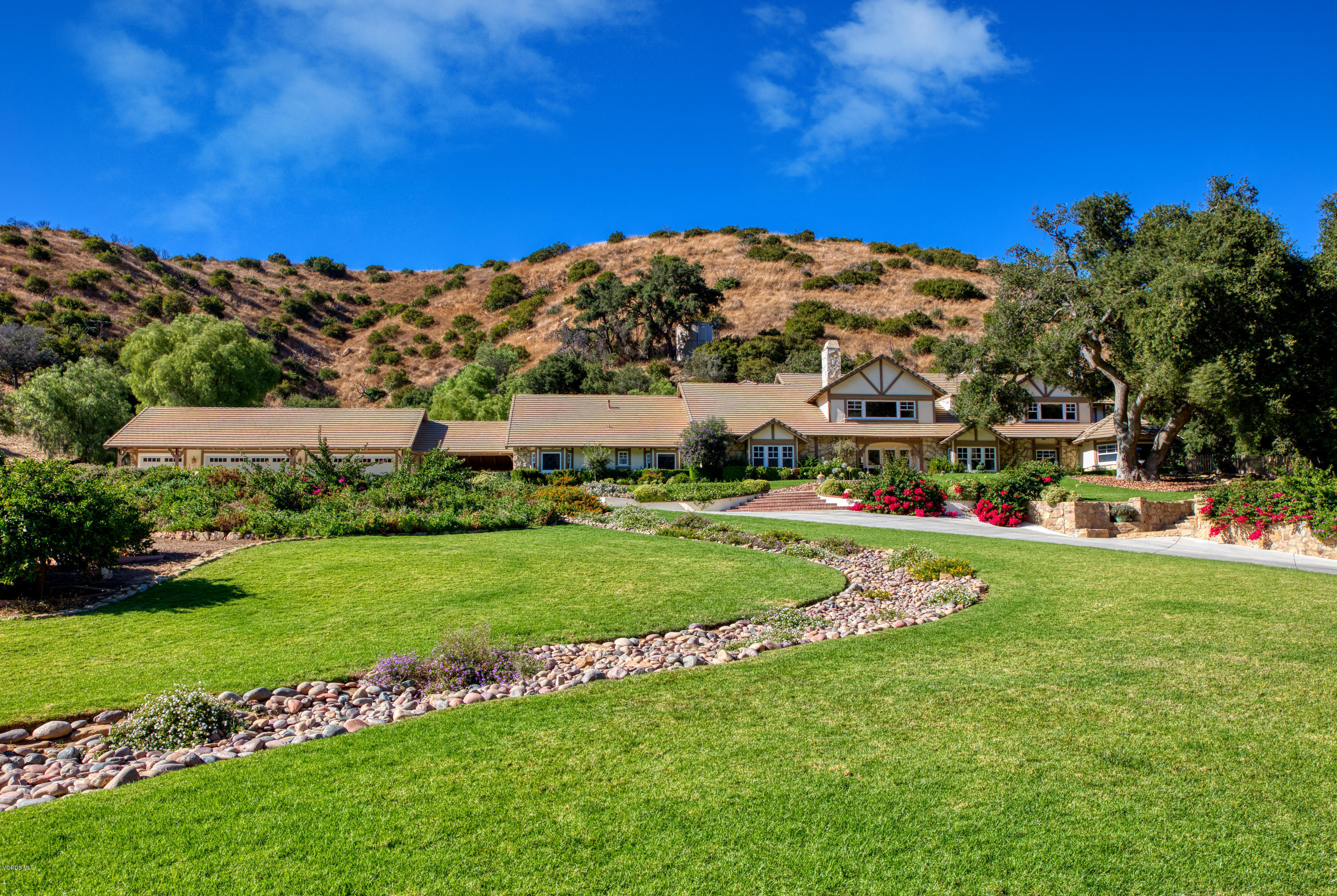Photo of 1515 Hidden Valley Road, Thousand Oaks, CA 91361