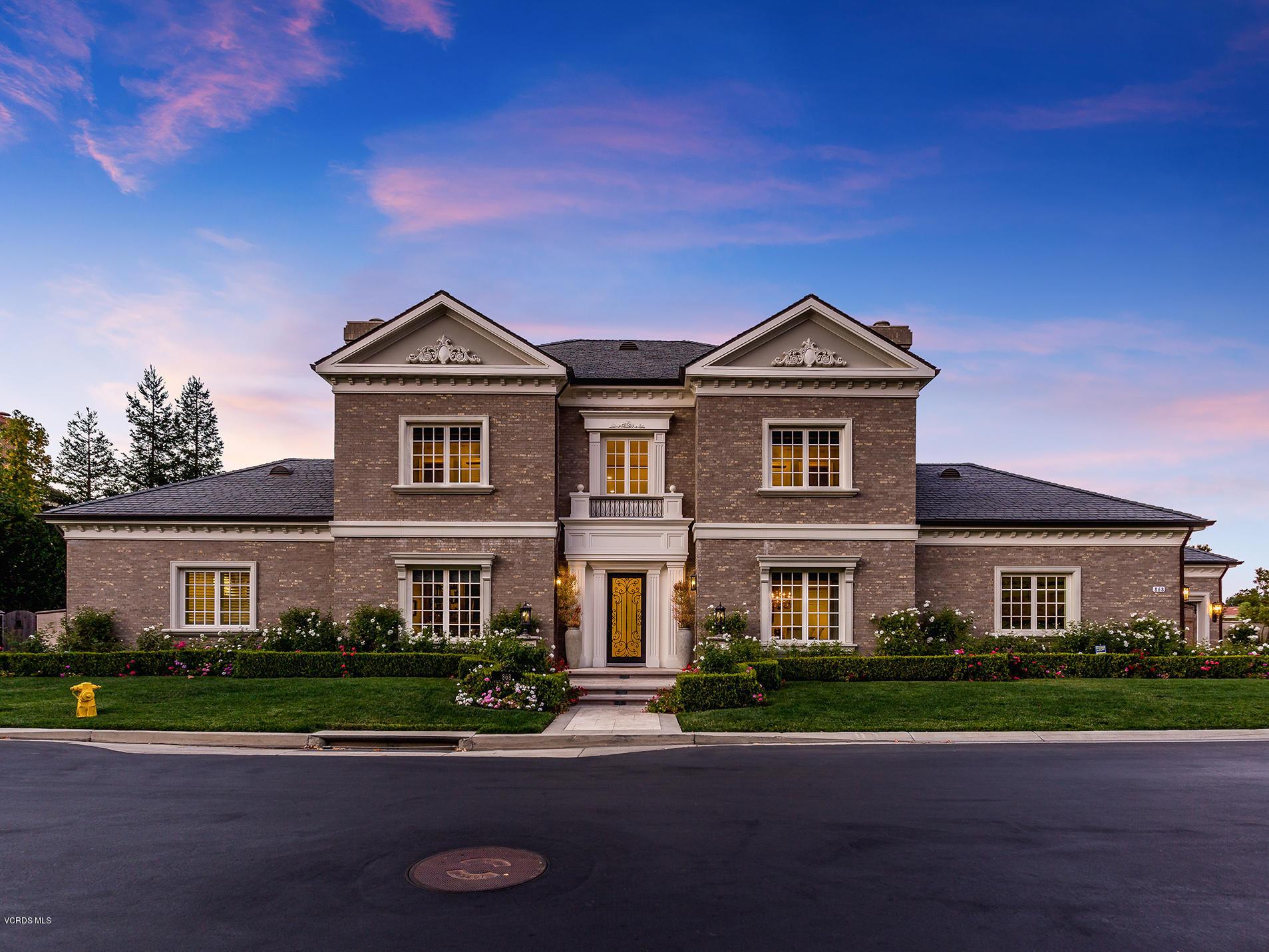 Photo of 868 W Stafford Road, Thousand Oaks, CA 91361
