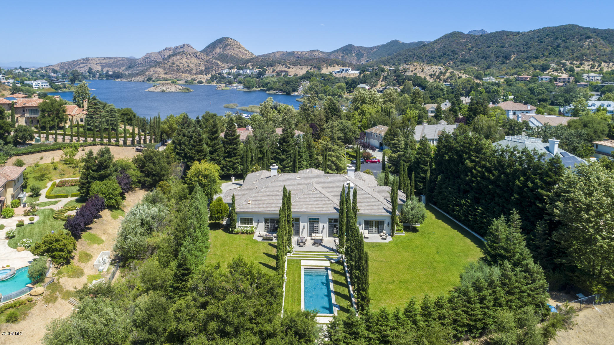 Photo of 2105 Marshbrook Road, Thousand Oaks, CA 91361