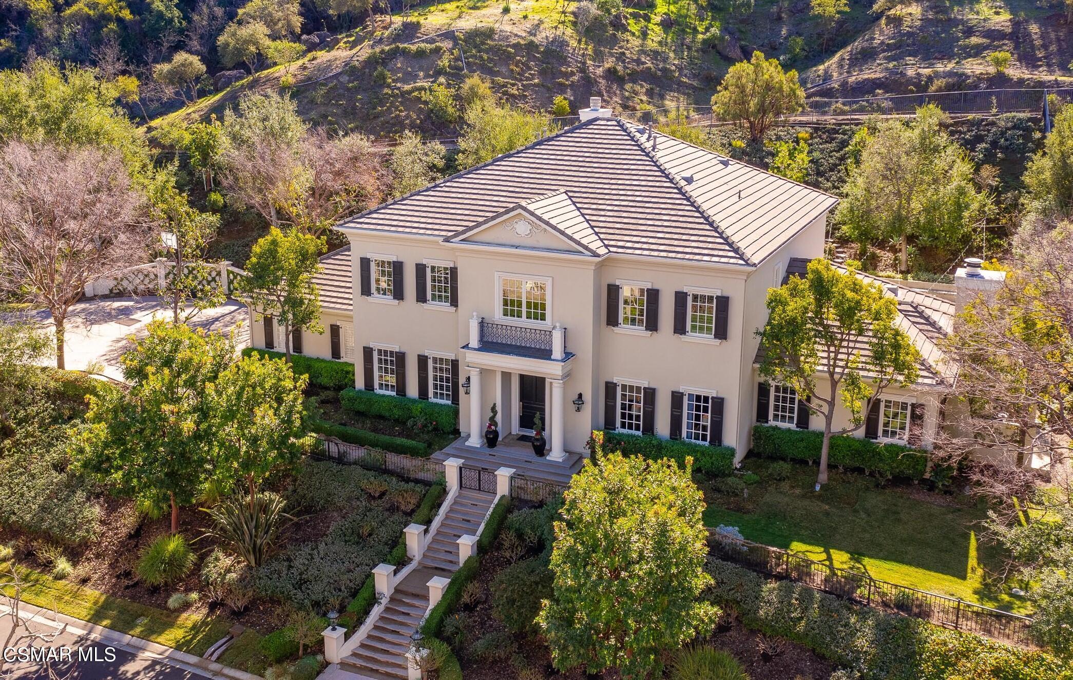 Photo of 863 W Stafford Road, Thousand Oaks, CA 91361