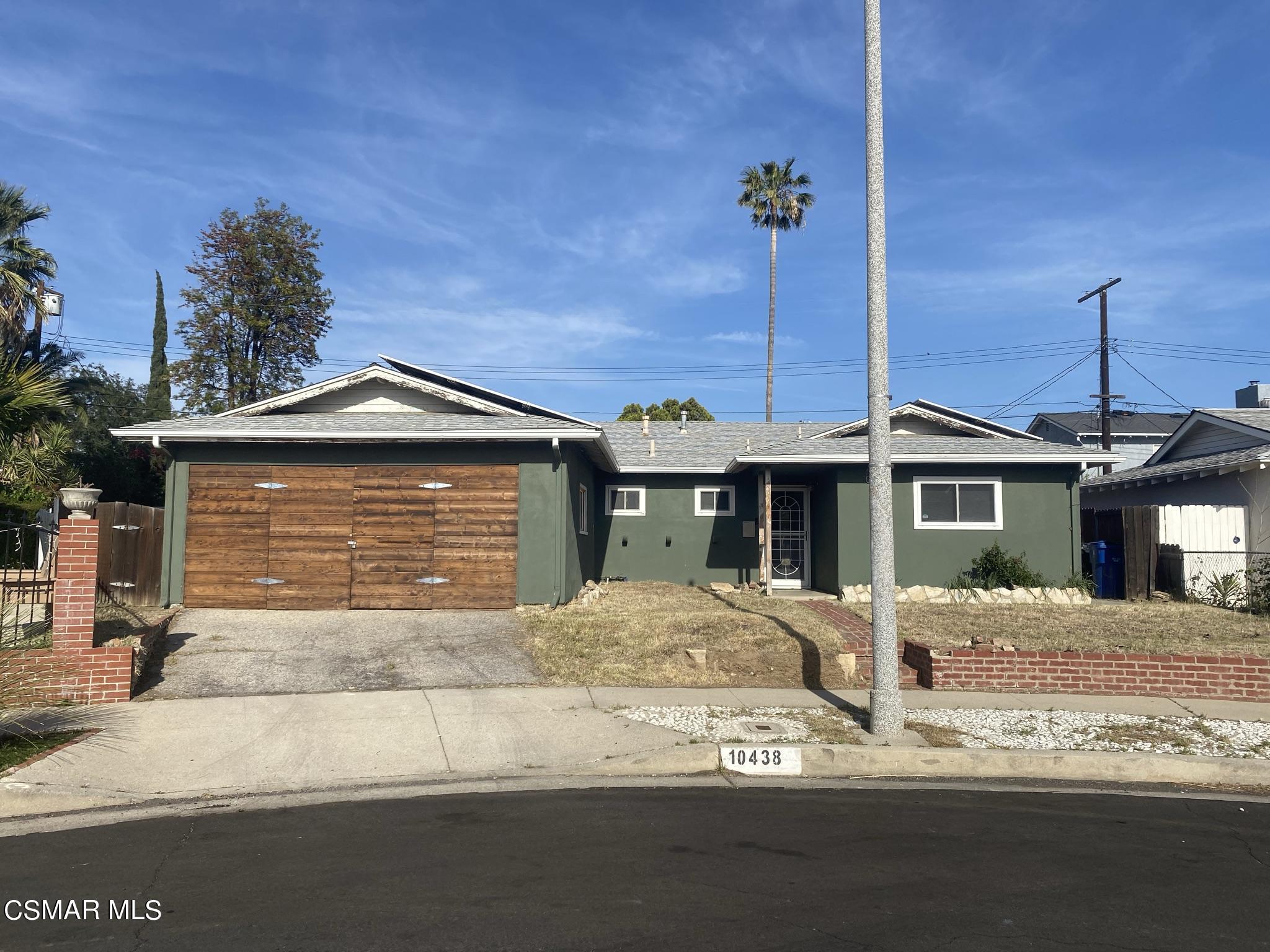 Photo of 10438 Remmet Avenue, Chatsworth, CA 91311