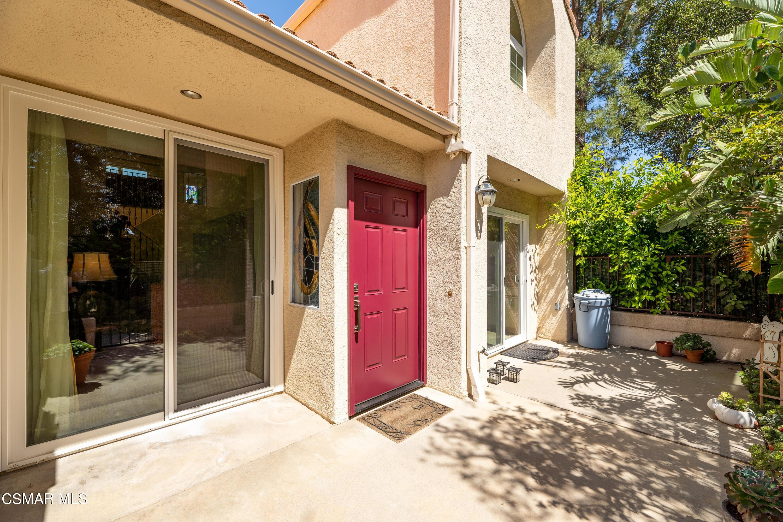 Photo of 22255 Horizon Place, Chatsworth, CA 91311