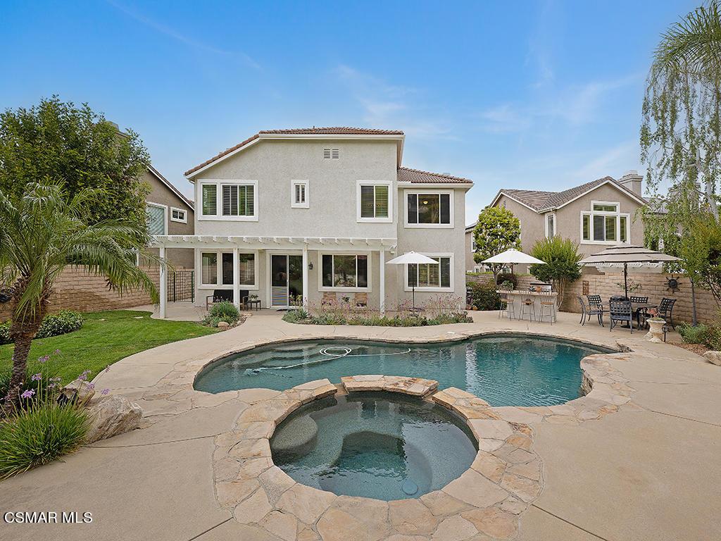 Photo of 340 Kitetail Street, Simi Valley, CA 93065