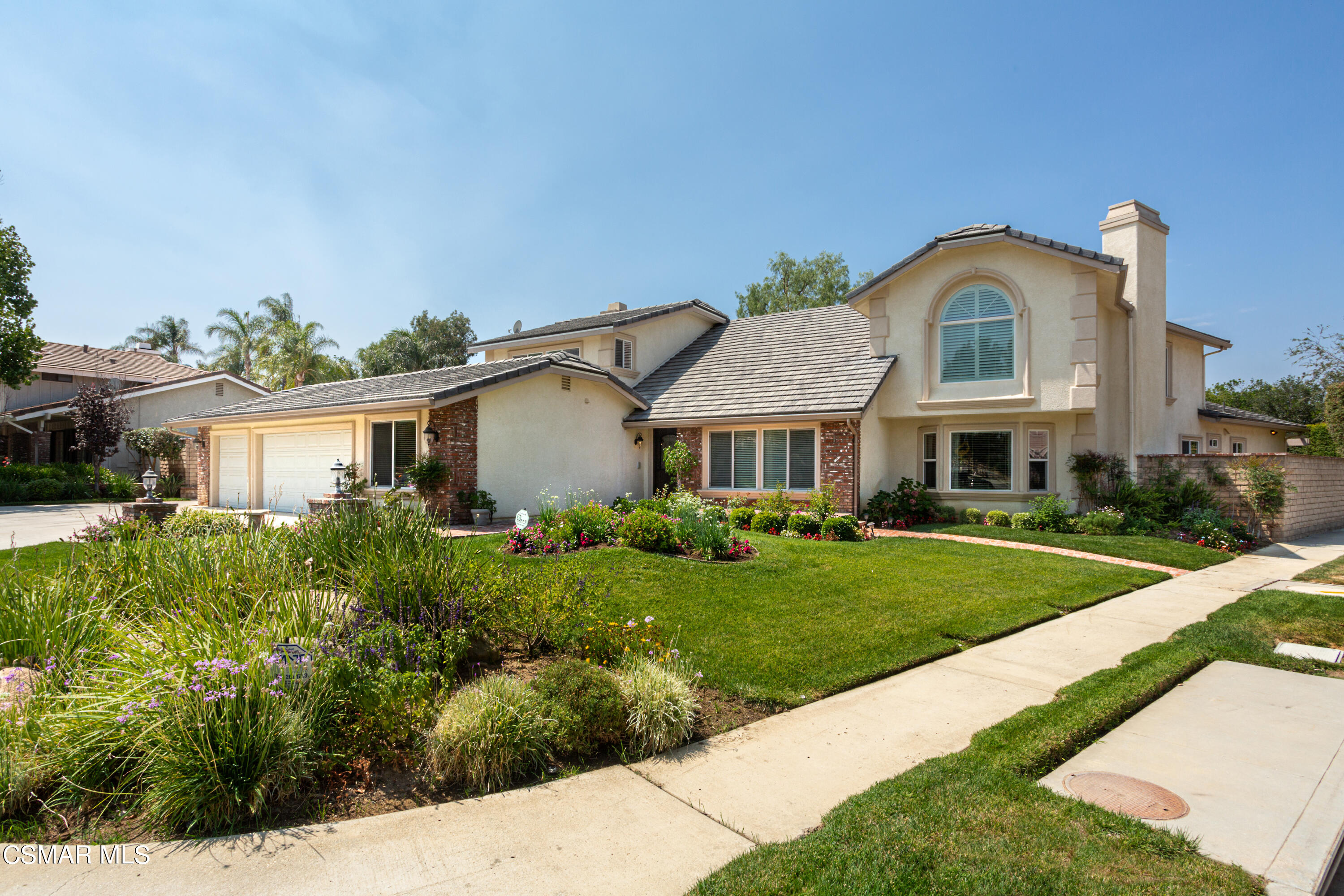 Photo of 587 Valley Gate Road, Simi Valley, CA 93065