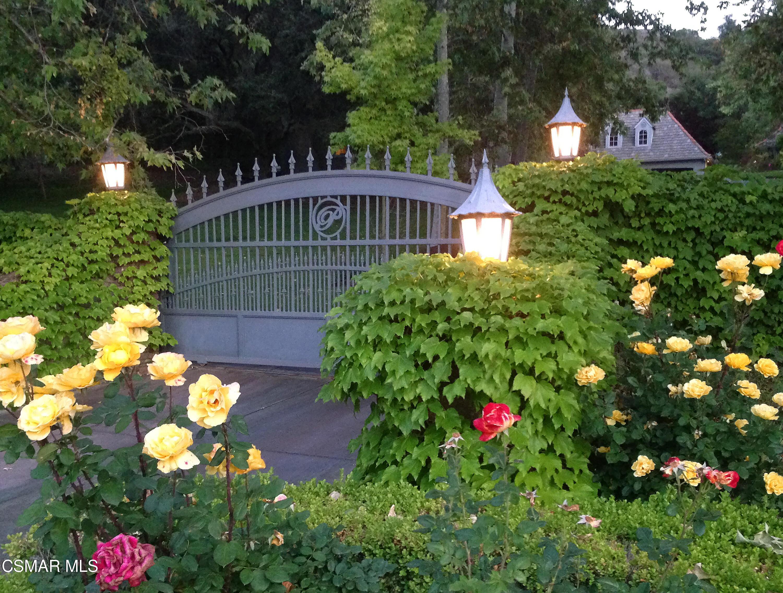 Photo of 600 E Carlisle Road, Thousand Oaks, CA 91361