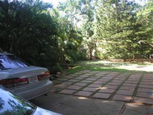 Casa En Ventaen Maracaibo, Club Hipico, Venezuela, VE RAH: 09-5727