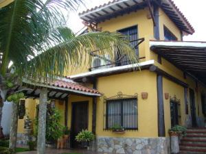 Casa En Venta En Margarita, Pampatar, Venezuela, VE RAH: 10-6918