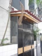 Local Comercial En Ventaen Caracas, San Jose, Venezuela, VE RAH: 10-9838