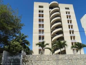 Apartamento En Venta En La Guaira, Caraballeda, Venezuela, VE RAH: 12-539