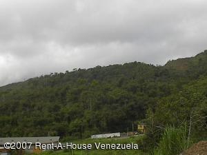 Terreno En Venta En Caracas, Parque Caiza, Venezuela, VE RAH: 12-560