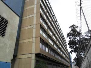 Galpon - Deposito En Venta En Caracas, San Martin, Venezuela, VE RAH: 12-1213