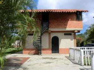 Casa En Venta En Rio Chico, Villas De San Fernando, Venezuela, VE RAH: 12-1776