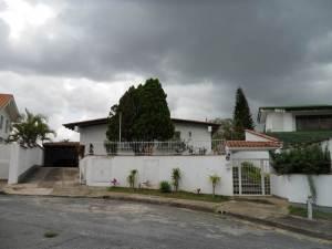 Casa En Venta En Caracas, Colinas Del Tamanaco, Venezuela, VE RAH: 12-2178