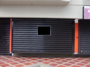 Local Comercial En Venta En Maracaibo, Las Delicias, Venezuela, VE RAH: 12-5745