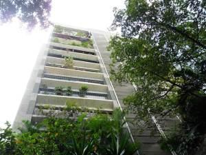 Apartamento En Venta En Caracas - La Florida Código FLEX: 12-5956 No.0