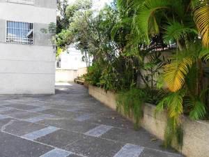 Apartamento En Venta En Caracas - La Florida Código FLEX: 12-5956 No.2