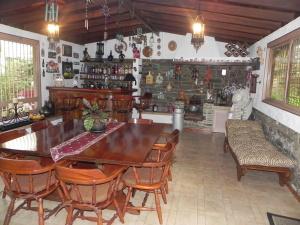 Casa En Venta En Caracas - La Tahona Código FLEX: 12-5583 No.13
