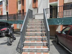 Apartamento En Ventaen San Antonio De Los Altos, Rosalito, Venezuela, VE RAH: 12-7580