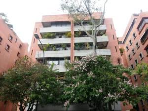 Apartamento En Ventaen Caracas, Campo Alegre, Venezuela, VE RAH: 13-221