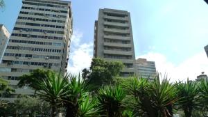 Local Comercial En Venta En Caracas, La Campiña, Venezuela, VE RAH: 13-954