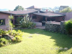 Casa En Venta En Caracas, Los Guayabitos, Venezuela, VE RAH: 13-3274