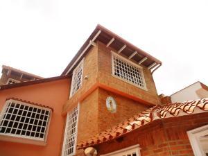 Casa En Venta En Caracas, La Trinidad, Venezuela, VE RAH: 13-3712