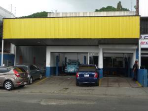 Local Comercial En Venta En Caracas, Los Chaguaramos, Venezuela, VE RAH: 13-3984