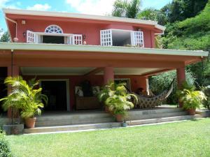 Casa En Venta En Caracas, Valle Arriba, Venezuela, VE RAH: 13-4365