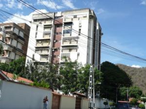 Apartamento En Venta En Maracay, Los Caobos, Venezuela, VE RAH: 13-4277