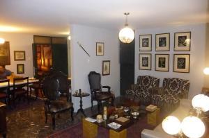 Apartamento En Venta En Caracas - Los Palos Grandes Código FLEX: 13-4413 No.2
