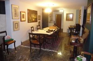 Apartamento En Venta En Caracas - Los Palos Grandes Código FLEX: 13-4413 No.3