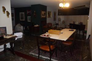 Apartamento En Venta En Caracas - Los Palos Grandes Código FLEX: 13-4413 No.5