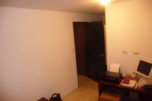 Apartamento En Venta En Caracas - Los Palos Grandes Código FLEX: 13-4413 No.13