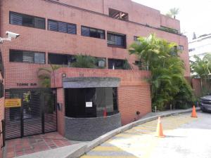 Apartamento En Venta En Caracas, El Peñon, Venezuela, VE RAH: 13-4774