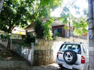 Casa En Ventaen Caracas, La Castellana, Venezuela, VE RAH: 13-5693
