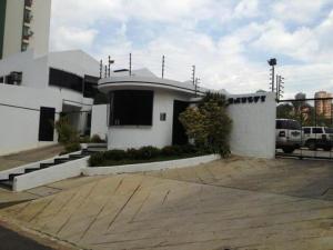 Townhouse En Venta En Valencia, Los Mangos, Venezuela, VE RAH: 13-6304