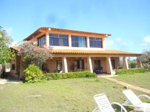 Casa En Venta En Municipio Macanao, San Francisco, Venezuela, VE RAH: 13-6448
