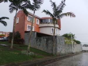 Townhouse En Ventaen Caracas, La Union, Venezuela, VE RAH: 13-6990