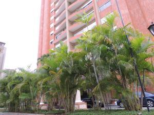 Apartamento En Alquileren Maracaibo, La Lago, Venezuela, VE RAH: 13-7140