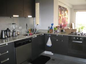 Apartamento En Venta En Maracaibo, Bellas Artes, Venezuela, VE RAH: 13-7208