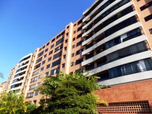 Apartamento En Ventaen Caracas, Solar Del Hatillo, Venezuela, VE RAH: 13-7564