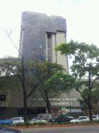 Local Comercial En Venta En Valencia, Avenida Bolivar Norte, Venezuela, VE RAH: 13-7823