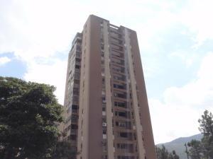 Apartamento En Venta En Caracas, Lomas De Prados Del Este, Venezuela, VE RAH: 13-8207