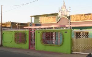 Casa En Venta En Maracaibo, La Macandona, Venezuela, VE RAH: 13-8434