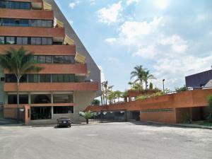 Apartamento En Venta En Caracas, Colinas Del Tamanaco, Venezuela, VE RAH: 13-8637