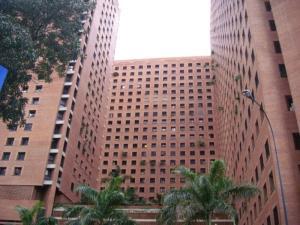 Apartamento En Venta En Caracas, Sabana Grande, Venezuela, VE RAH: 13-8612