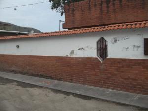 Casa En Venta En Municipio Guaicaipuro, El Bucare, Venezuela, VE RAH: 13-8981