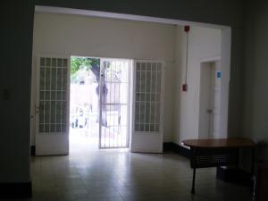 Local Comercial En Venta En Caracas - Altamira Código FLEX: 14-439 No.9