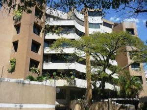 Apartamento En Alquiler En Caracas, Campo Alegre, Venezuela, VE RAH: 14-1229